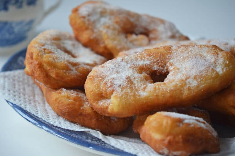 Lebanese Sugared Donuts: our pazcki, our beignet, our Fat Tuesday