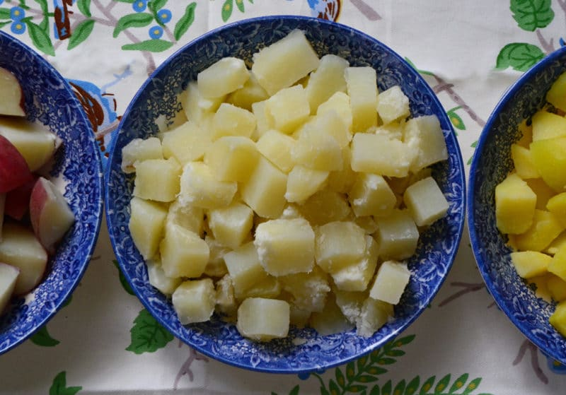 Technique how to cook potatoes perfectly for salad rose for Different ways to cook russet potatoes