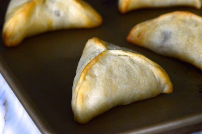 How to make dough for arabic meat pies
