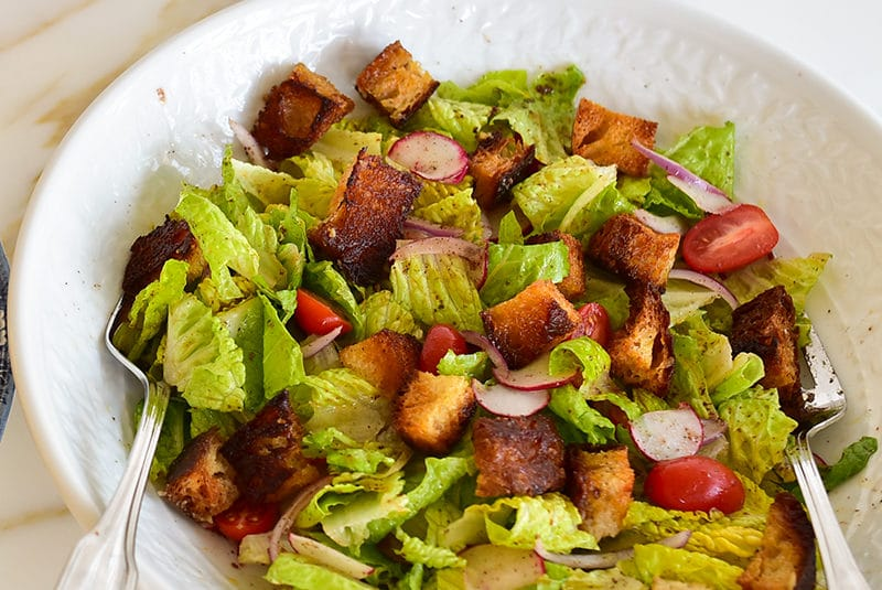 Fattoush with roasted chicken croutons