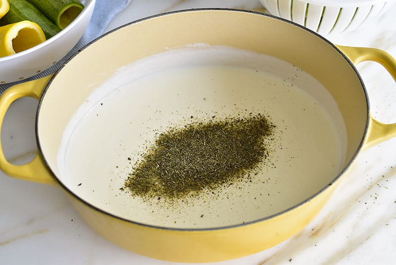 Yogurt sauce with dried mint