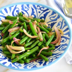 Green Beans with Onions and Pomegranate